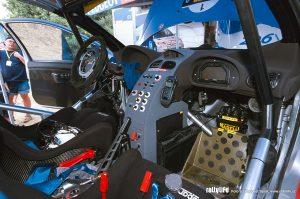 Peugeot 206 WRC interier 2001